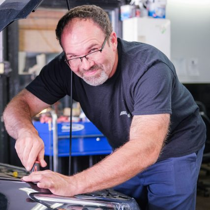 C&J-Automotive-Berwyn-Technician-Mike-Ross