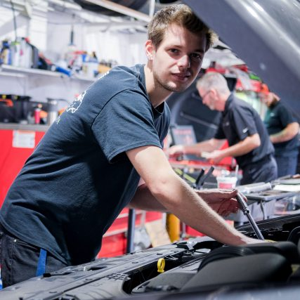 C&J-Automotive-Newtown-Square-Technician-Sean-Lawley